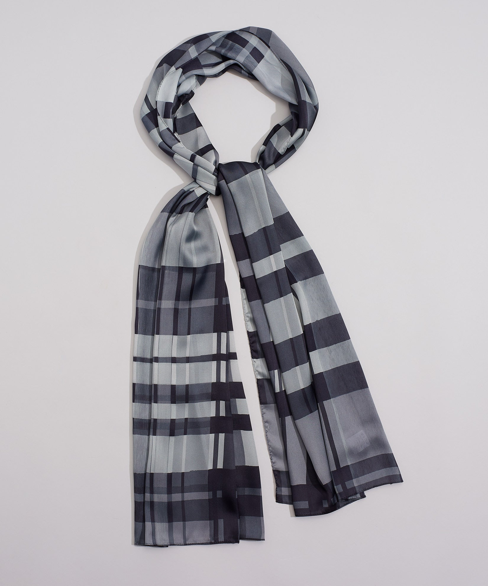 Black - Hand Drawn Plaid Oblong