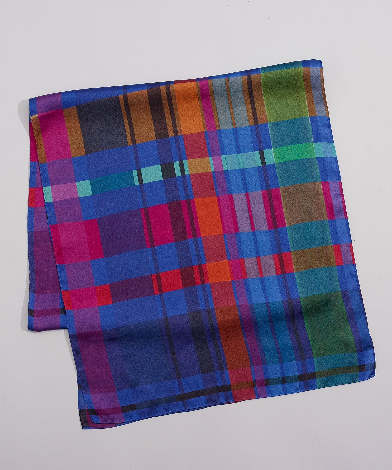 Navy - Hand Drawn Plaid Oblong