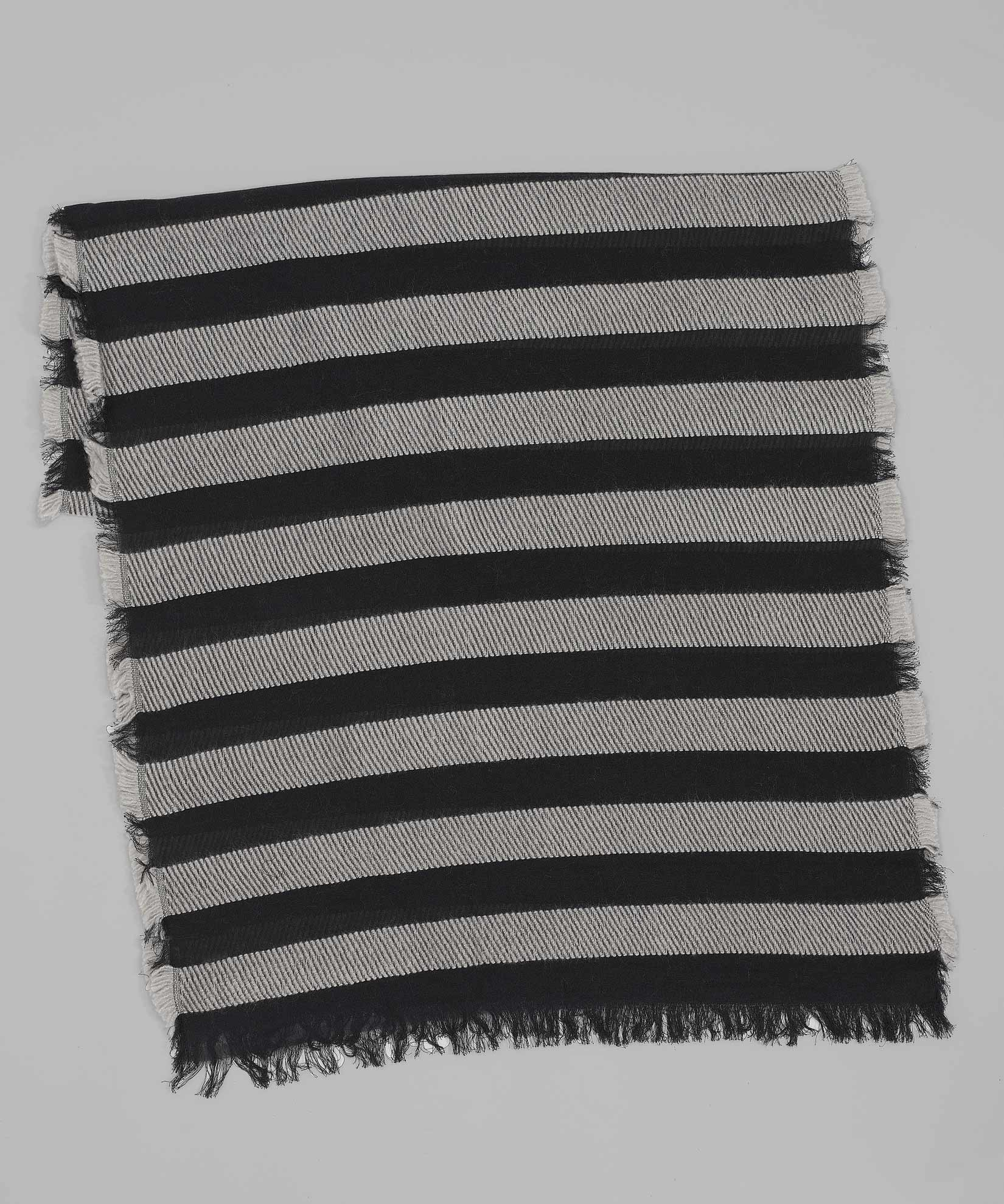 Black - Fuzzy Stripe Oblong