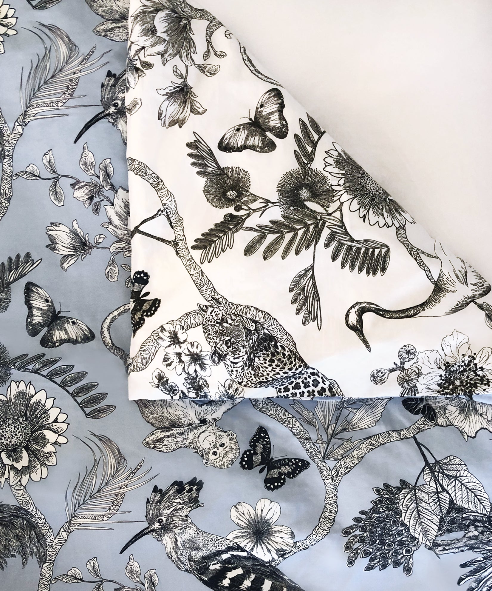 - Flora And Fauna Reversible Duvet Set