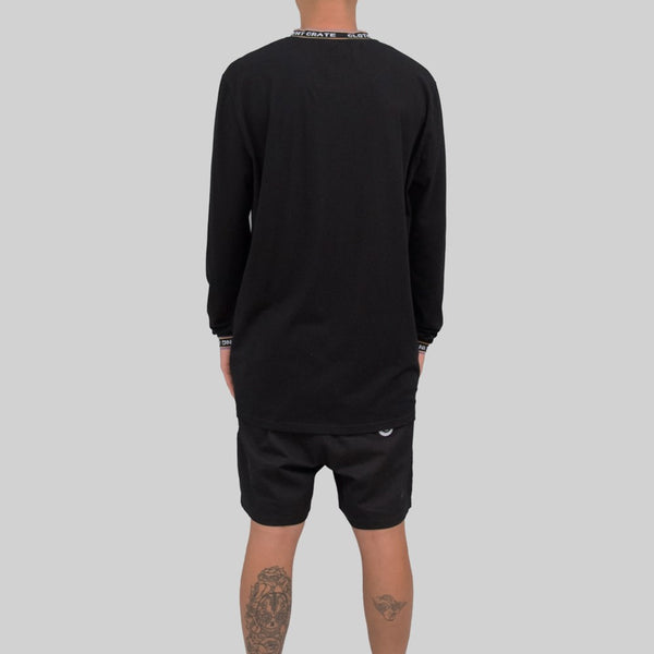 Mens Signature Long Sleeve Black