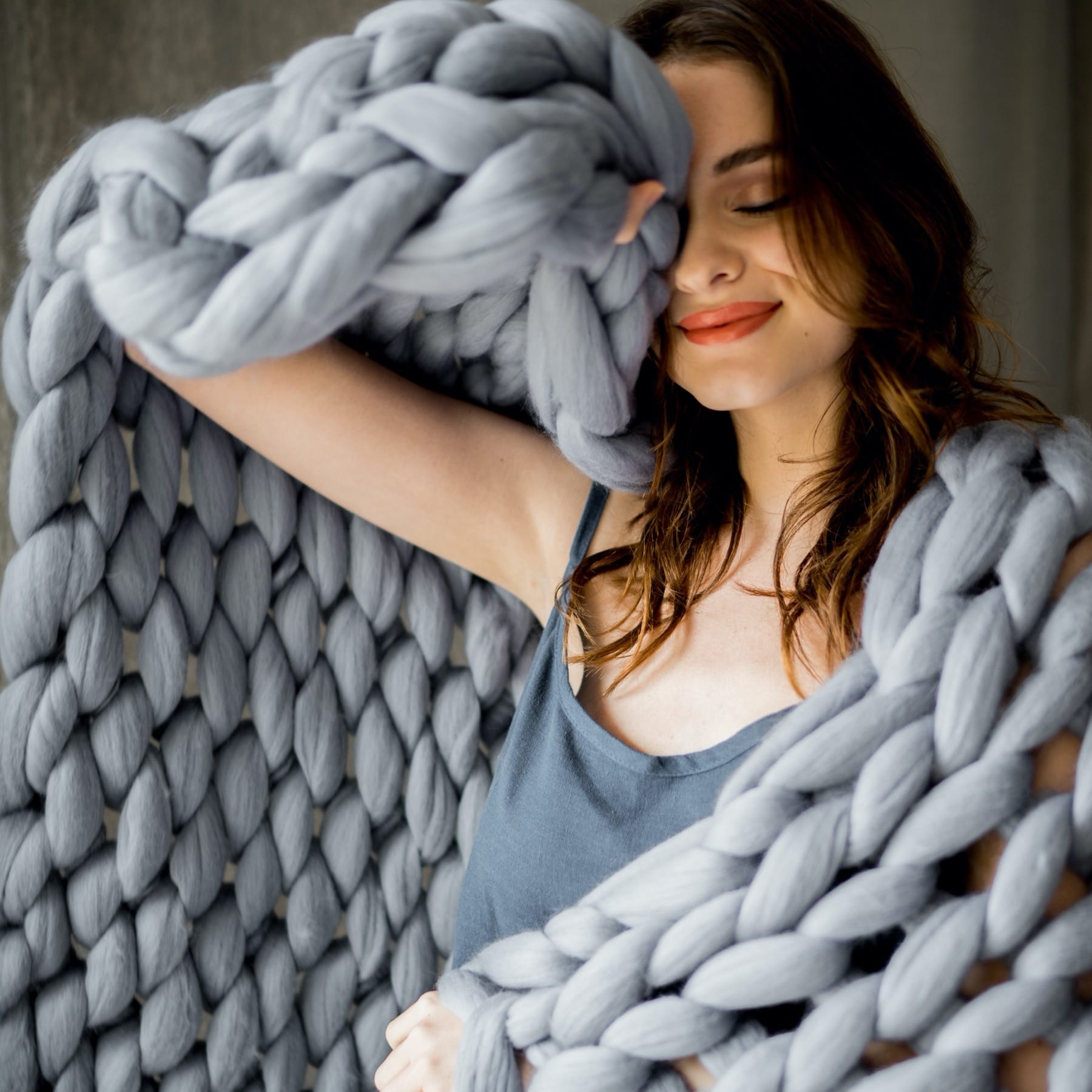 knitted throw blanket gray