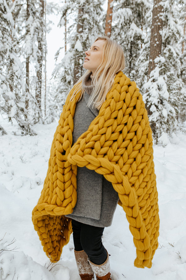 Chunky Knit Blanket Merino Blanket Winter 100x150 Mustard Yellow 700