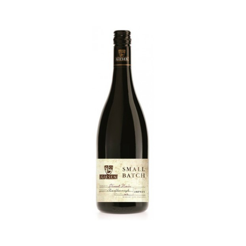 Giesen Small Batch Pinot Noir 750ml