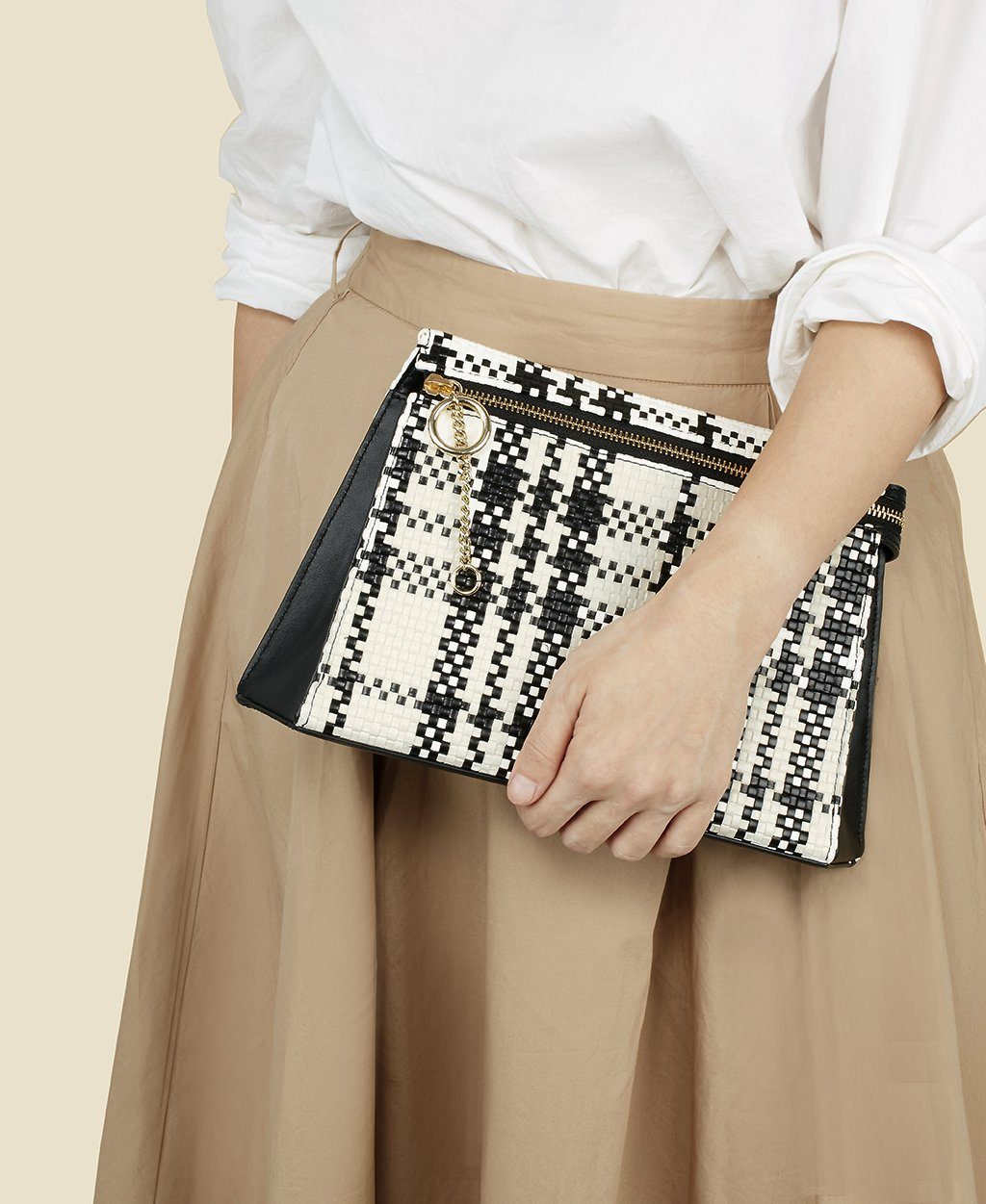Camber Clutch - B/W Woven