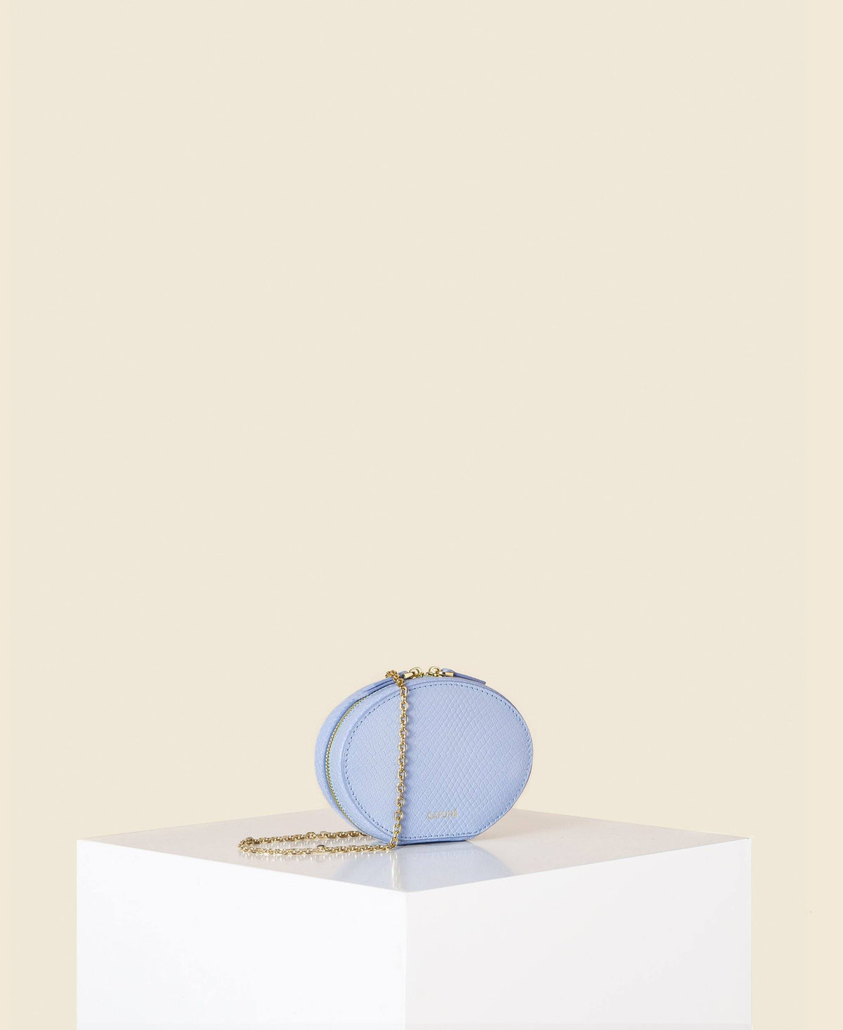Cafuné Egg Chain in Baby Blue