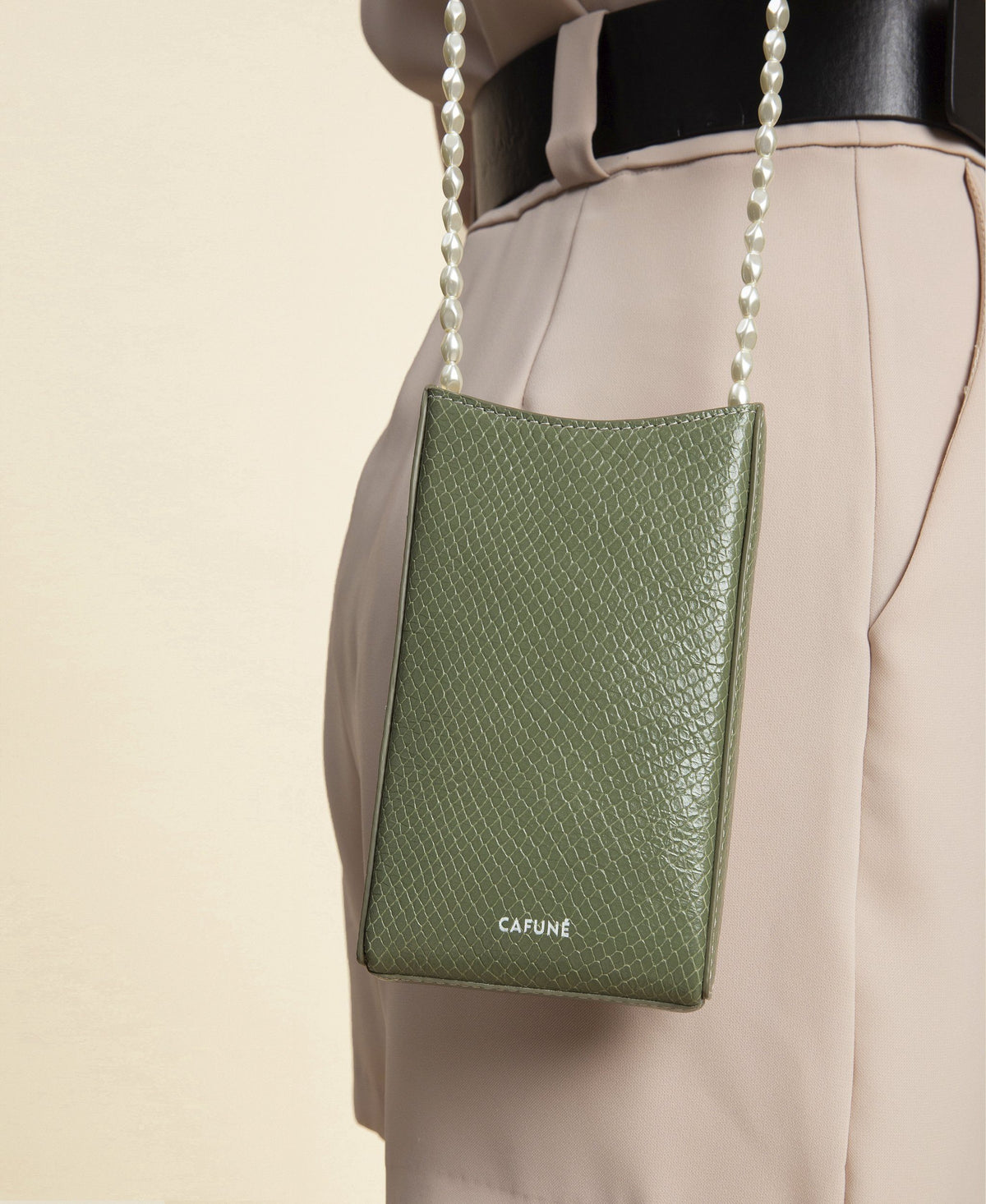 Cafuné Camber Sling in Olive