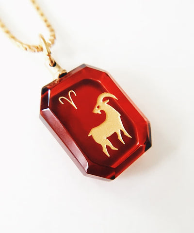 Aries Necklace - Red Zodiac Birthstone Crystal Pendant Necklace - Pendant Closeup