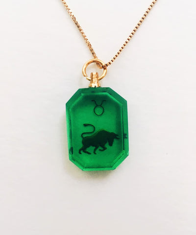 Taurus Necklace - Green Zodiac Birthstone Crystal Pendant Necklace - Back Crystal Pendant