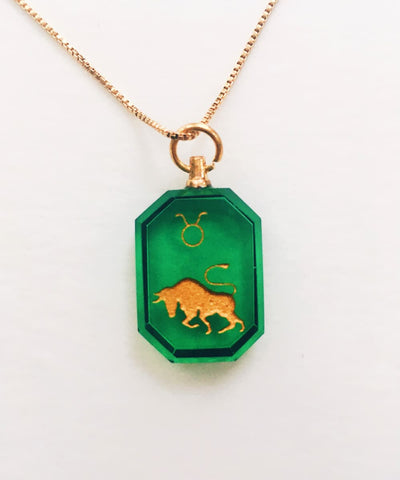 Taurus Necklace - Green Zodiac Birthstone Crystal Pendant Necklace - Front Crystal Pendant