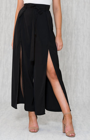 CLIO Split Black Pants