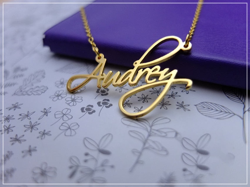 Cursive | Name Necklace
