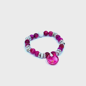360 product video view of Pink Poinsettia Beaded Stretch Bracelet | Wear the Wonder