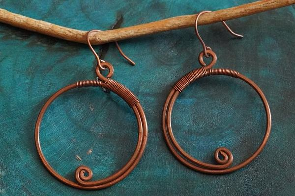 The Little Twist ~ Copper Earring
