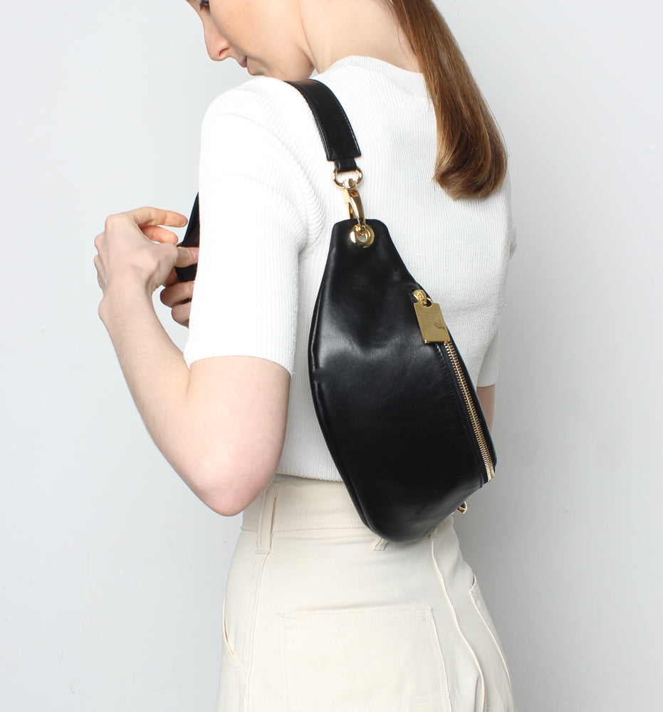 Crescent Belt Bag Smooth Black
