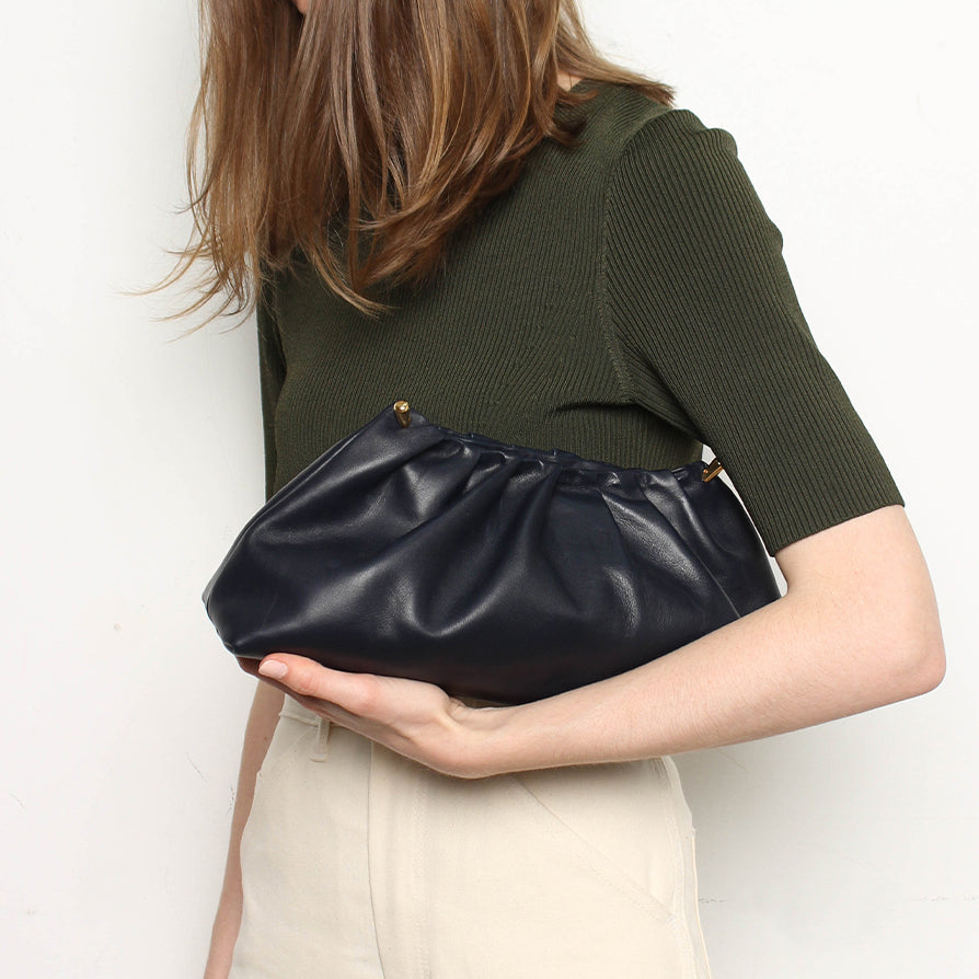 Pleat Clutch Navy