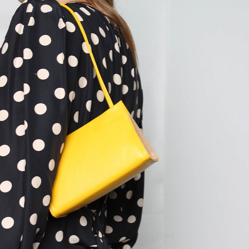 Triangle Clutch Petite Yellow