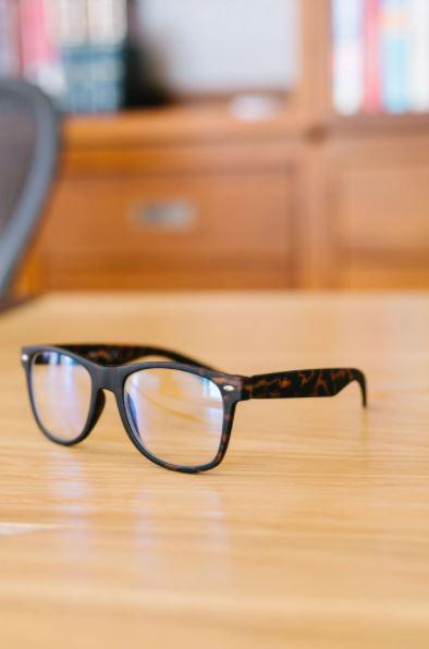 Adult Blue Light Blocking Glasses | Black & Tortoise