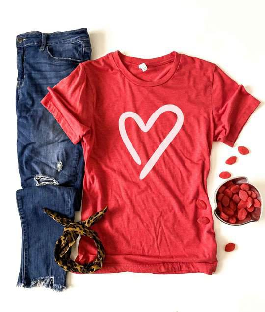 PREORDER | Heart Tee - Trendy Plus Size Women's Boutique Clothing
