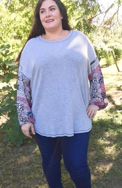 Skies are Blue Contrast Sleeve Top - Trendy Plus Size Women's Boutique Clothing