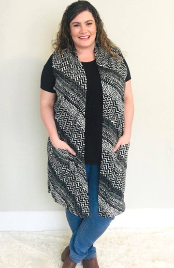 Chevron Knit Cardigan(Black and White) - Trendy Plus Size Women's Boutique Clothing