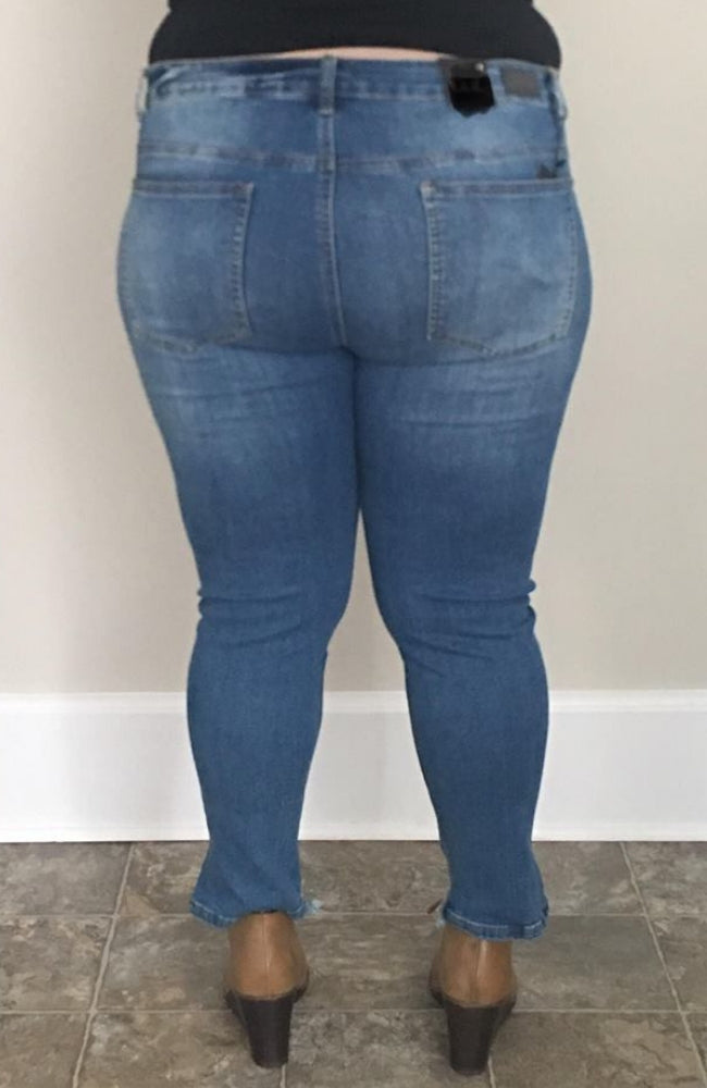 Medium Wash | Mid Rise Ankle Skinny Denim - Trendy Plus Size Women's Boutique Clothing