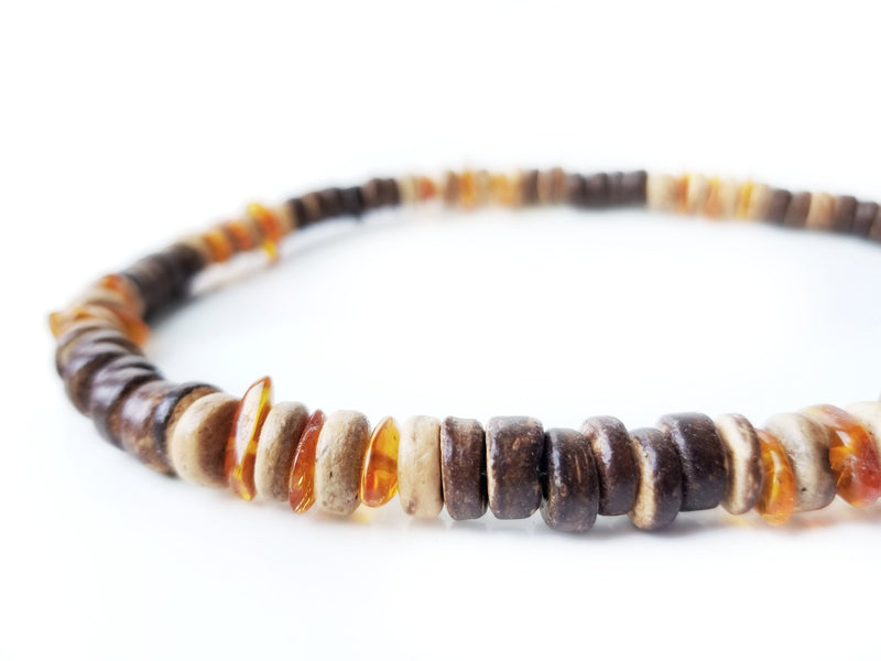 Men's Beaded Necklace - Pine Resin