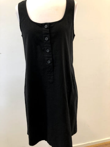 AYVA Black or White Dress Size 10 & 12