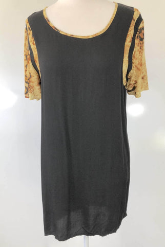 SHILLA THE LABEL 'Dusk Animal Detail Tee' Dress Size XS, S, M & L