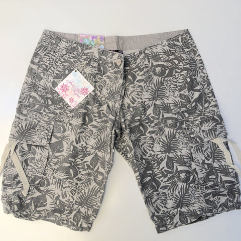 JUST ADD SUGAR Brown Tropical Print Shorts Size 12 & 14
