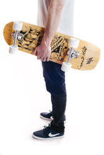Laden Sie das Bild in den Galerie-Viewer, Camo&Krooked / Mefjus / Kape Limited Edition Cruiser Board