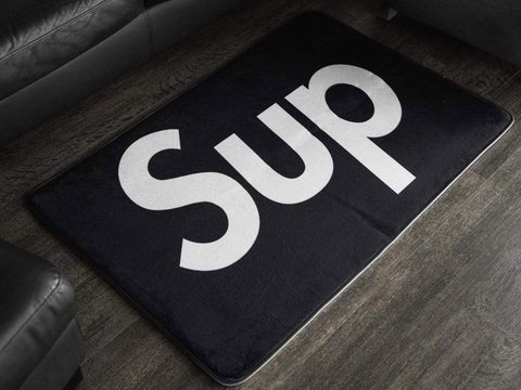 "Mat ""Supreme"" Black Small"