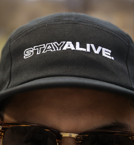 <center>Stay Alive Tech Hat (black)