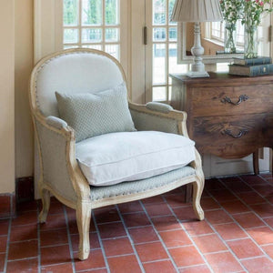 Upholstered Salon Chair