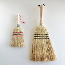 Load image into Gallery viewer, Mini Rice Straw Hand Broom