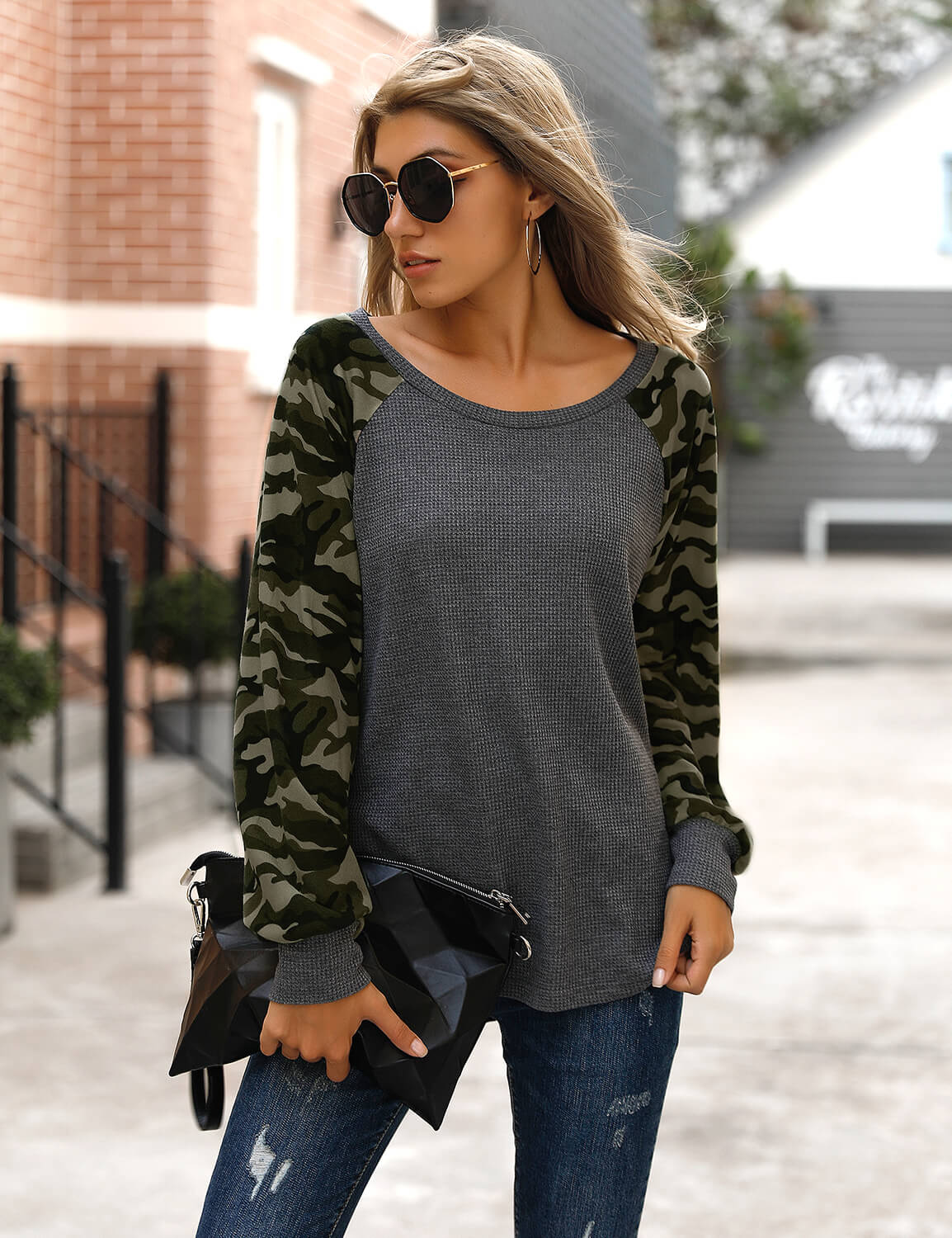 Blooming Jelly_Street Style Camo Long Sleeve T-Shirt_Camo Print_152709_07_2020 Women Fashion Outfits_Tops_T-Shirt