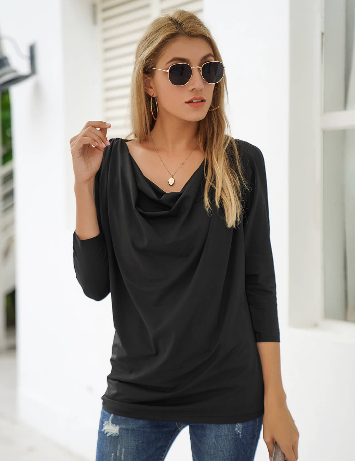 Blooming Jelly_Elegant Casual Hollow Out Blouse_Black_154070_02_Women Chic Loose Outfits_Tops_Blouse