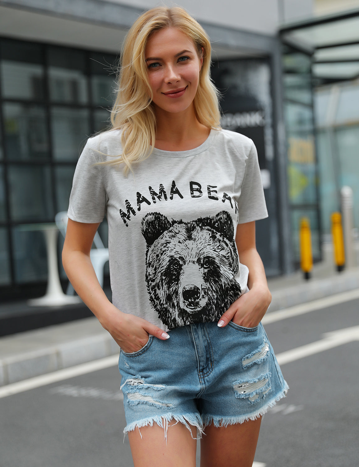 Amazing Mama Bear Print Soft T-Shirt - Blooming Jelly