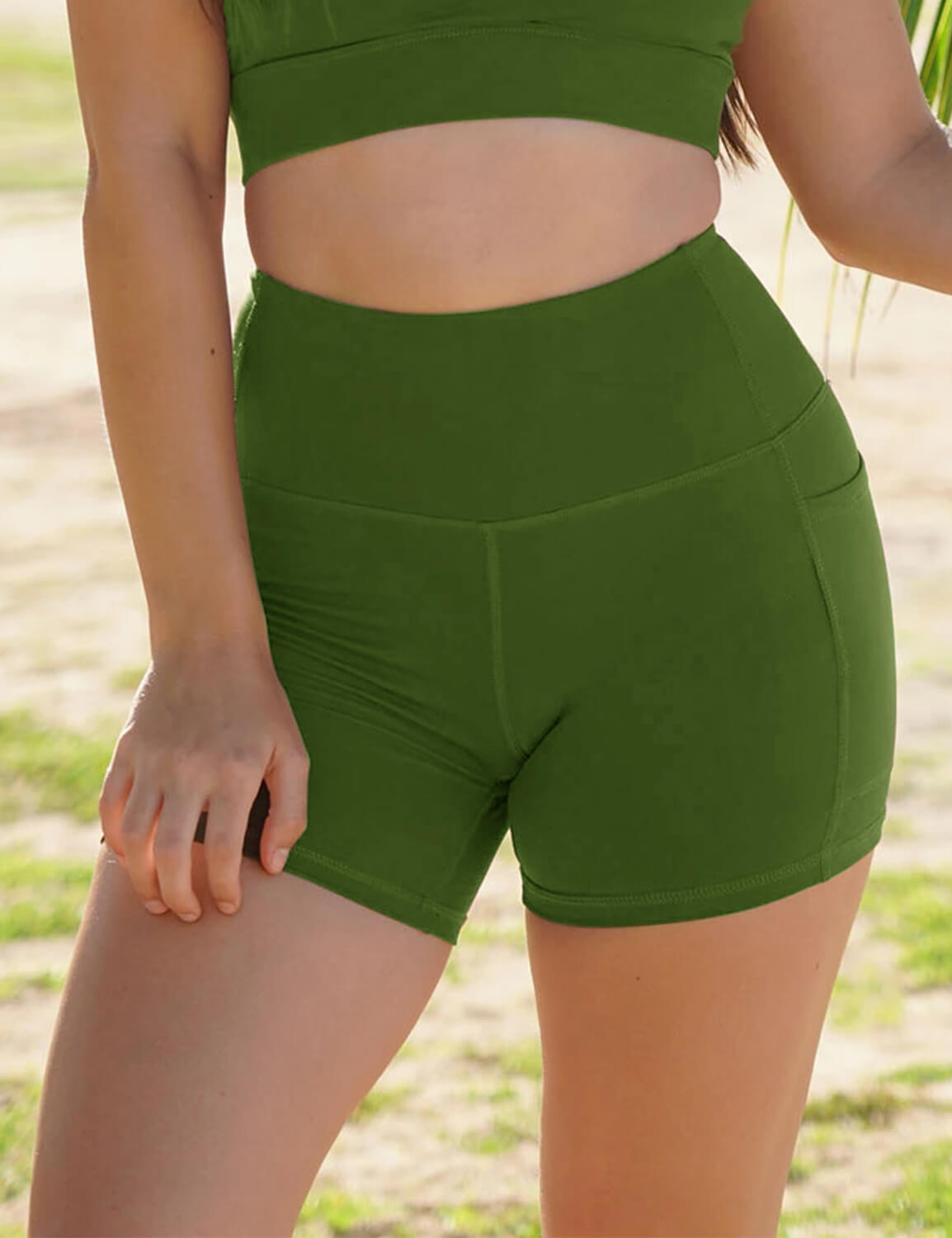 Blooming Jelly_High Waist Side Pockets Biker Shorts_Green_253047_10_Women Athletic High Elascity Workout_Bottoms_Shorts