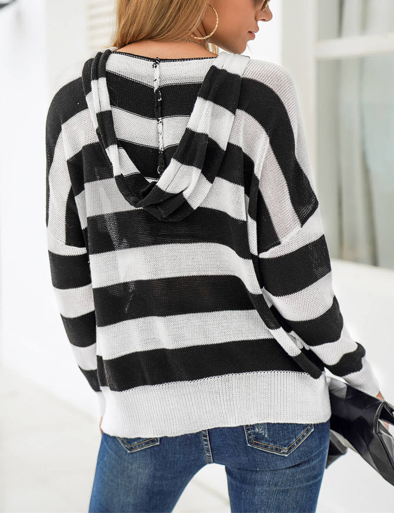 Blooming Jelly_Oversized Color Block Hoodie_White And Black_293061_02_Women Casual Style Outfits_Tops_Hoodie