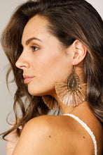 Load image into Gallery viewer, Peron Earrings