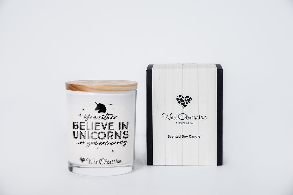 Quote Candle - You Either Believe In Unicorns Or You Are Wrong