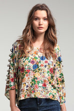 Load image into Gallery viewer, Arm Cutout Floral Top