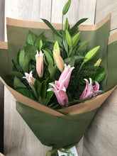 Load image into Gallery viewer, Pink Lilly Bouquet