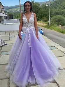 Tulle V-neck A-line Lilac Long Prom Dresses With Floral Appliques OP885