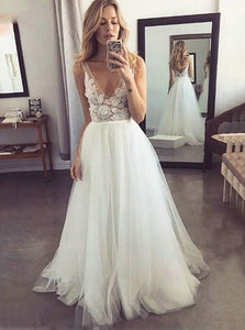 Custom Made V-neck Tulle Beach Wedding Dresses With Appliques OW538