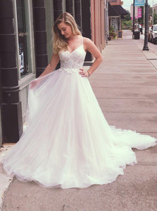A-Line Spaghetti Straps Tulle Appliqued Wedding Dresses OW627