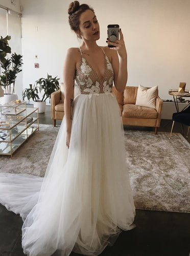 Spaghetti Straps V-neck Beading Appliqued Wedding Dress OW503