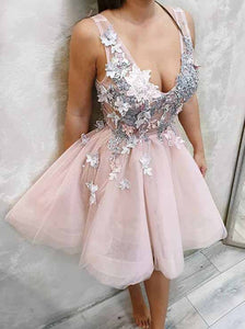 Pearl Pink V Neck Tulle Short Prom Dress, Homecoming Dress With Appliques OM400