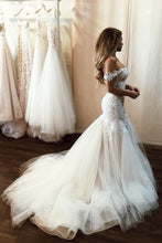 Stunning Off Shoulder Mermaid Lace Applique Wedding Dresses With Tulle Skirt OW536
